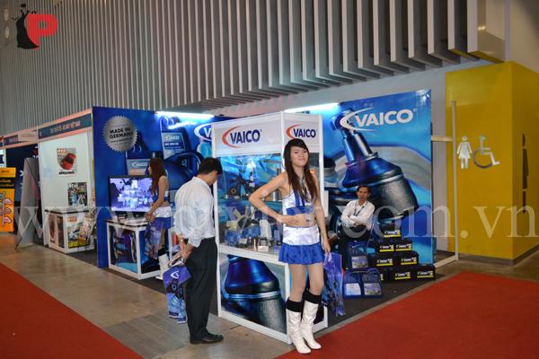 thiết kế booth trưng bày vaico