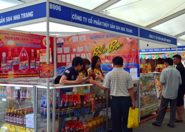 Thi công gian hàng Thuỷ sản 584 Nha Trang tại Hội Chợ Triễn Lãm