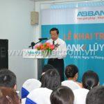Phát biểu của phó tổng giám đốc ngân hàng ABB.