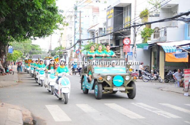 tổ chức roadshow xe jeep Viettel