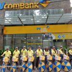 Đội hình roadshow của nhân viên PVcombank