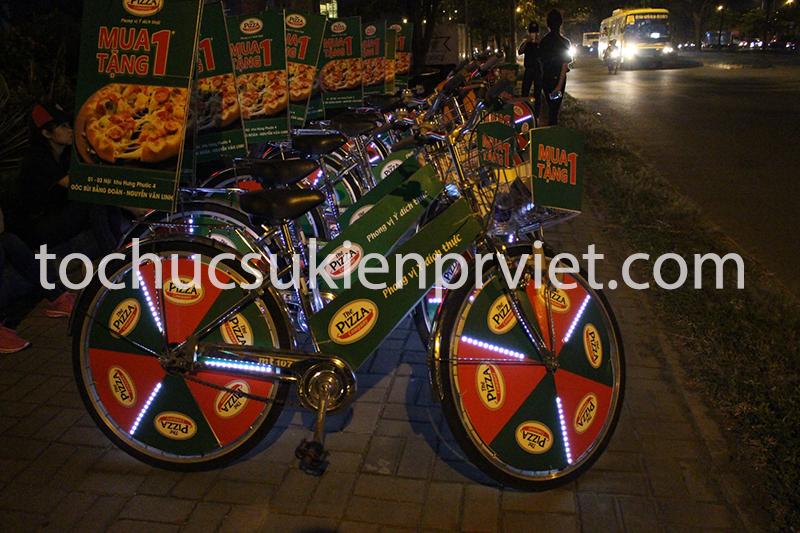 Xe đạp trang trí đèn led trong chương trình Roadshow